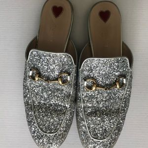 87b6d9effbe5 Gucci Shoes | Silver Slides | Poshmark